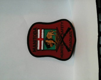 Manitoba Hunter Safety Graduate insignia  patch Gun Rifle Canadian Sportsman Firearm training hunting Rifleman Shotgun Canada Marksman