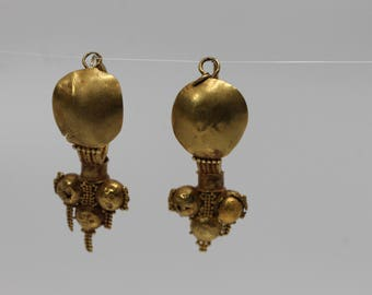 22K Yellow Gold Authentic Roman 2-3 Century Earrings in Original Condition
