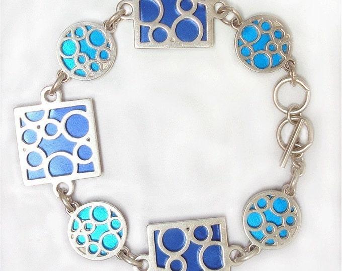 Small bubble bracelet