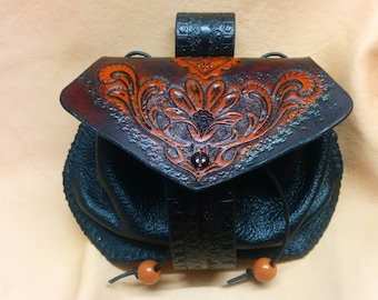 Purse clutch leather floral MEDIEVAL, with engraving, dyeing and hand sewing
