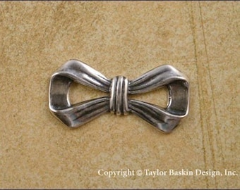 Antiqued Sterling Silver Plated Bow Charm (item 207 AS) - 6 Pieces