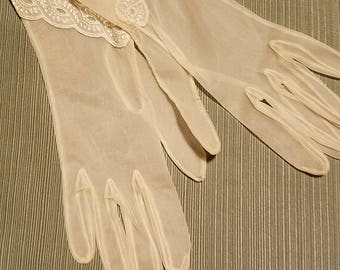 Sheer nylon tea gloves - gants de thé élégants