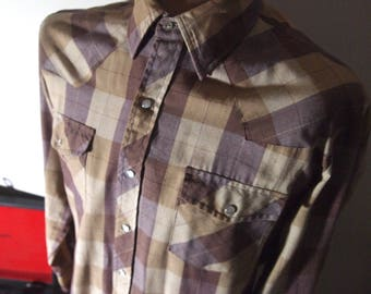 Vintage 1960s / 60s Mens Classic Cool Brown Plaid Long Sleeve Rockabilly Rebel Cowboy Western Shirt {MEDIUM}