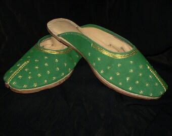 Royal Slippers Green Felt