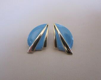 Vintage 80s Gold Tone Blue Enamel Post Earrings