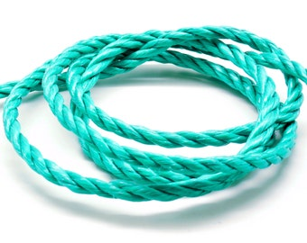 2 meters of cord nylon 3 strands green 6 mm