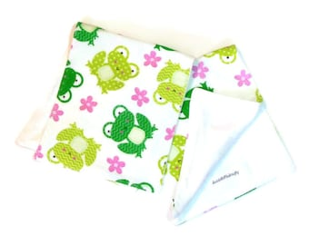 Burp cloths, froggie burp cloths, bamboo cloth burpies, flannel burp cloths, bamboo baby gift, froggie nursery, 2 burp cloths, burp cloth