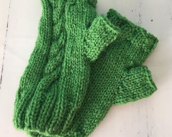 Green Fingerless Gloves - Wool Wrist Warmers - Hand Knit - Made in the USA - Fingerless Gloves - Mittens - Wool - Hand Warmers