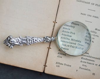 Magnifying Glass Sterling Silver - Victorian Reading Aid - Antique and Hallmarked 1904