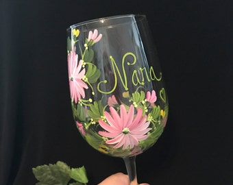 Free shipping Gerber daisy personalized wine glass for mom sister aunt friend cousin bridesmaid grandma sister in law niece etc