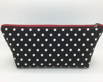 Makeup bag, cosmetic bag, travel, gift for women, gift for her, bag for date essentials, polka dots fabric, great Valentine's day gift