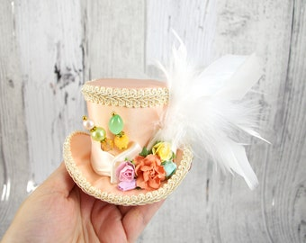 Peach and Cream Paper Flower Small Mini Top Hat Fascinator, Alice in Wonderland, Mad Hatter Tea Party, Derby Hat