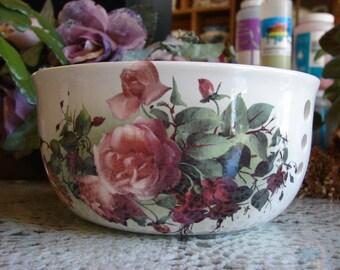 Misty Pink Roses & Deep Red Fuchia! Large Ceramic Yarn Bowl / Yarn Holder