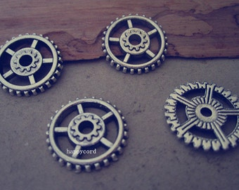 20pcs Antique silver gear pendant charm 17mm
