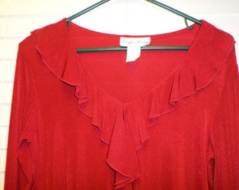 Vintage 70's Blouse True  Red / Slinky Soft Small S-M  Ruffled Tunic 80s Top  Long Sleeves & V neck Soft  70s Boho