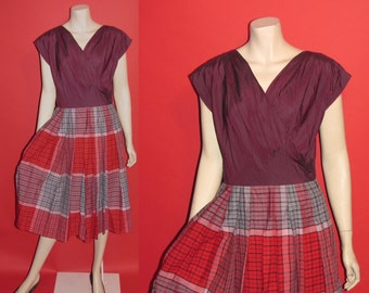 Vintage 1950's Under the Mistletoe 50's Gingham Acetate A-Line Burgundy Festive Womens Dress - S