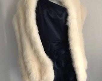 White vintage polar fox fur bolero, retro boa size universal .