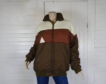 Early 80s Nylon Coat in Brown & White- 1980s Vintage Ski Jacket / Puffy Coat / Puffer- Quilted- Medium- New Wave- Triangle Design