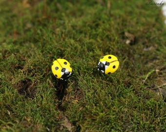 Yellow Ladybug stud Earrings Ladybird Earrings Lady beetle Earrings Ladybug jewelry lovely lady beetle Spring earrings Red summer pin Beauty
