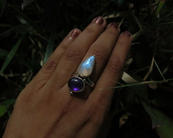 Size 7 Moonstone and Amethyst Sterling Silver Ring