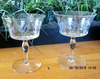 Princess House stemware wine glasses set of 2 etched crystal