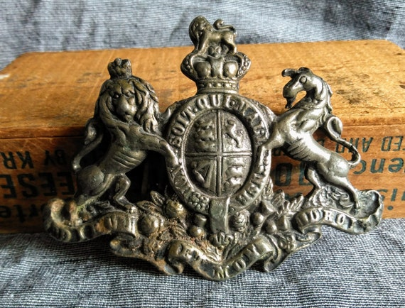 Large antique Victorian Edwardian lion and horse crest heraldry belt buckle crest pendant