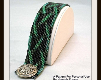 Bead Pattern Celtic Knotwork Beaded Bracelet tutorial or instructions - Peyote Stitch Seed Beading - DIY jewelry pattern by Hannah Rosner