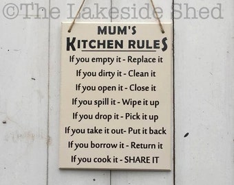 Mum's Kitchen Rules | Kitchen Signs | Moms Kitchen Sign | Kitchen Plaques | Mothers Day Gift | Funny Mothers Day Gift | Mum Gift |Mum Plaque