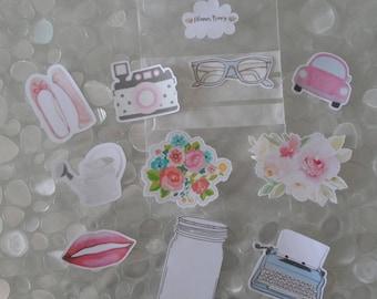 Embellishments in cardboard for planner