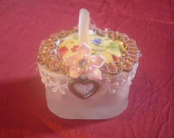 Mini Sweetheart Basket Pincushion