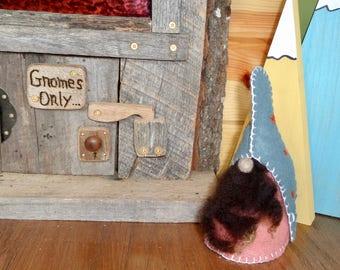 Gnome, Lavender Gnome,wool gnome, Felt Gnome, Nordic Gnome ,Scandinavian Gnome, Woodland Gnome, gift gnome, Gnomr sachet