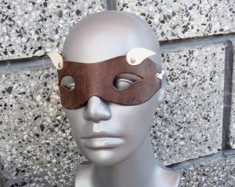 Vintage Leather Masquerade Mask, Genune Leather Eye Mask, Carnival Mardi Gras Domino, Brown White Masquerade Mask, Vintage Carnival Mask