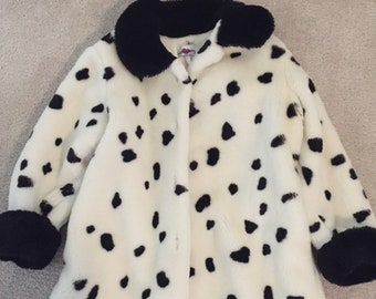 Girls dalmation spotted coat size 4 kids