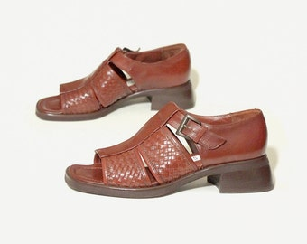 open toe fisherman sandals brown genuine leather vintage 80s 1980s buckle strap womens shoes 8 NICKELS Made in Italy size womens US 8