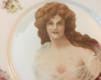 Vintage plate austrian porcelain Plate with 19th Beauty with Daisy