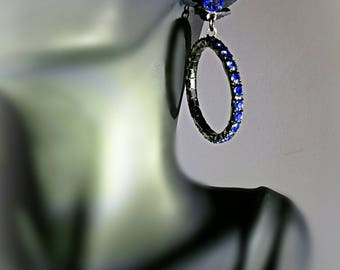 Blue faceted rhinestone vintage pierced earrings