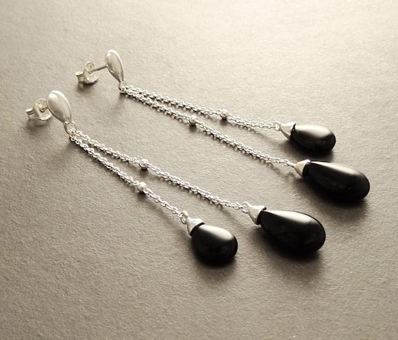 Onyx Teardrop Earrings - Sterling Silver Earrings - Chainmaille Earrings - Link earrings - Teardrop - Black Onyx Gemstone - Boho Earrings