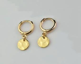 gold hoop earring 8mm hammered disc hoops endless hoop huggie dangle earring simple earrings everyday/gift for her