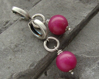 Sterling silver and fuchsia jade elegant earrings / oxidized silver