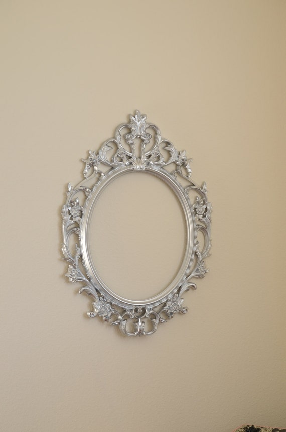 Silver Baroque frame-Photo booth Prop Silver Large Oval