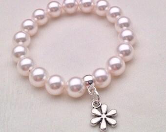 White pearl flower charm bracelet, Flower girl bracelet, flower girl gift, gift for girls, white pearl bracelet, kids, summer