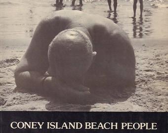 LAPOW, Harry. Coney Island Beach People.