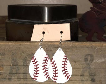 Baseball Earrings in Glitter Red and Red