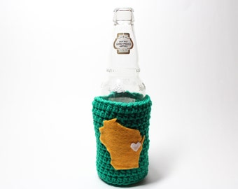 Wisconsin Beer Cozy, Crochet State Accessories, Can Cozy, Coffee Cozy, Beer Bottle holder, Drink Holder