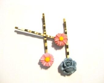 Dainty Daisy and Rose Bobby Pin Set