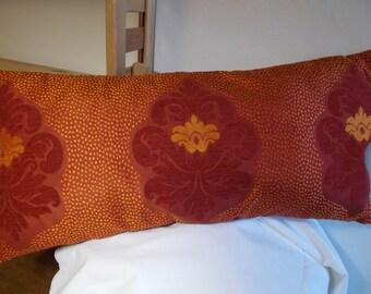 Pillow cover rectangular damask Arabesque pattern