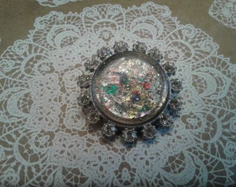 Imitation Confetti Lucite and Rhinestone Circle Brooch