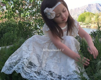 Rustic flower girl dress Ivory lace dress Beach flower girl dress Ivory lace dress toddler girls Ivory flower girl dress boho flower girl