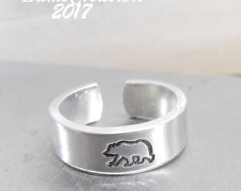 Bear Ring, Silver Bear Ring, Bear Jewelry, Animal Ring, Grizzly Bear Ring, Custom Ring, Personalized Ring for Him, Fathers Day Gift