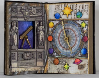 Book Art Clock: Galaxy